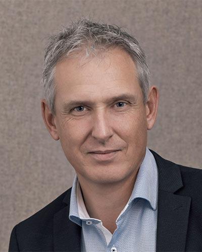 JÖRG SIDLER - Geschäftsführer - (Vorsitzender der GL)